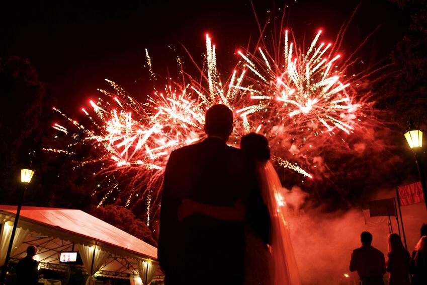 So schaffen Sie außergewöhnliche und unvergessliche Momente auf einer Hochzeit
