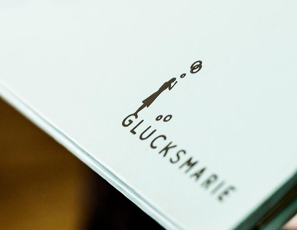 gluecksmarie-freie-trauung-zeremonie-individuelle-traurede