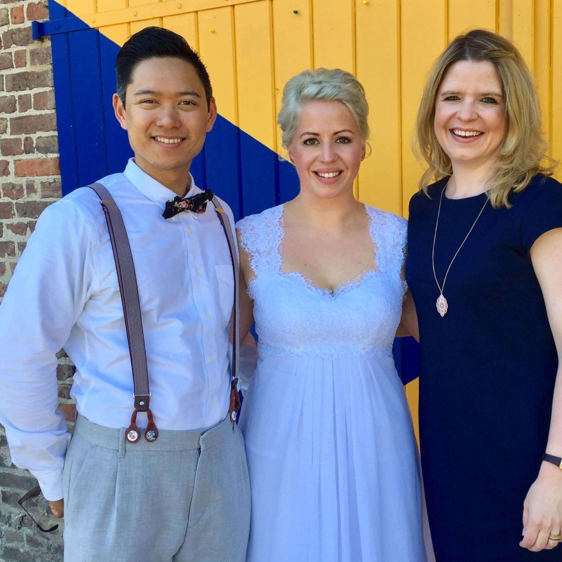 Glücksmarie mit Brautpaar